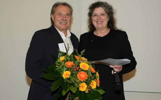 BDIA Präsidentin Vera Schmitz verleiht Wolfgang Mayer, BDIA Baden-Württemberg die Ehrenmitgliedschaft; Foto: www.image-point.de/Uwe Ernst
