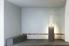 Reuter Schoger Architekten Innenarchitekten BDIA, Berlin, Um- und Anbau einer gotischen Kirche in Bielefeld; Foto: Werner Huthmacher, Berlin; Bildhauer: Prof. Norbert Radermacher