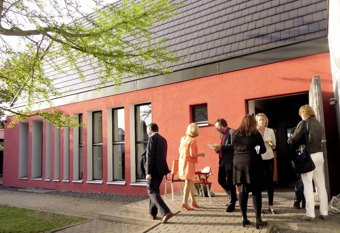 innenarchitekten frankfurt bd rowa technologies showroom und b ro 2017 bdia bund leptien 3. Black Bedroom Furniture Sets. Home Design Ideas