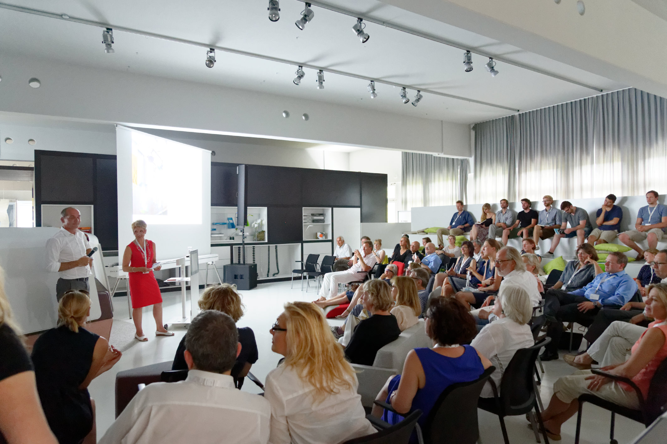 Bdia handbuchausstellung best of 2015 16 plus vortr ge am 17 juli 2015 bei steelcase in - Innenarchitektur rosenheim ...