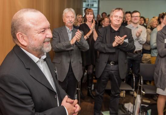 Prof. Rudolf Schricker wurde mit Standing Ovations aus seinem bisherigen Amt als BDIA Vizepräsident verabschiedet. Foto: Oliver Edelbruch