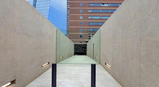 DSC03990 jewish memorial