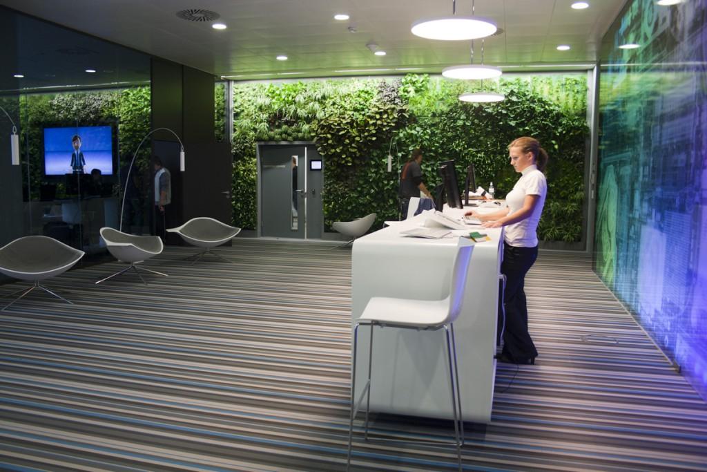 WEB_Microsoft-HQ-Wien_0484_Vertical Garden_1